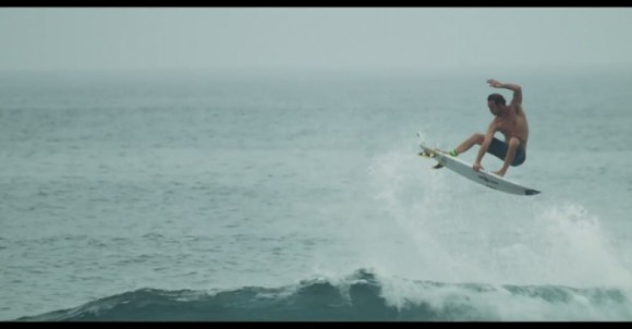 December Does It | SURFER MAG VIDEO